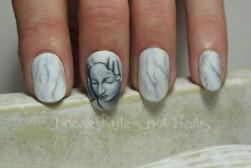 Pieta nail art