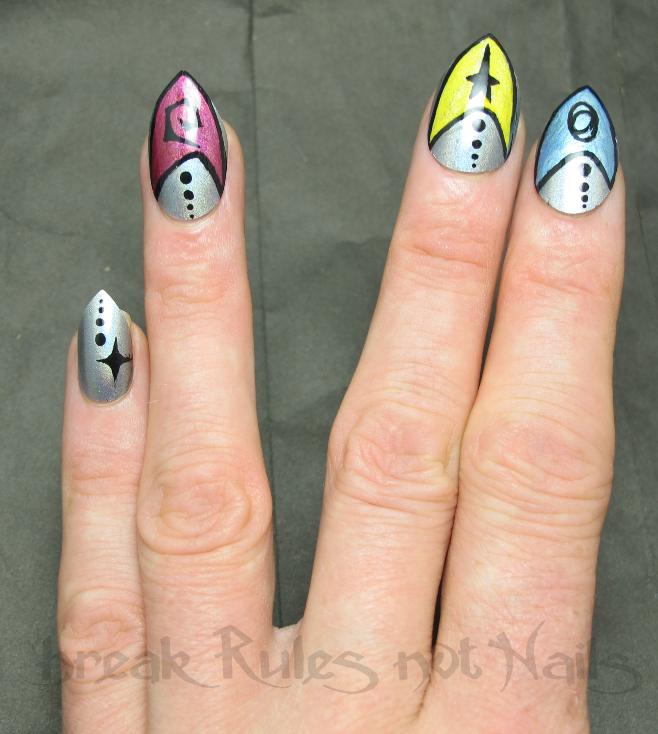 Star Trek nail art | Break rules, not nails