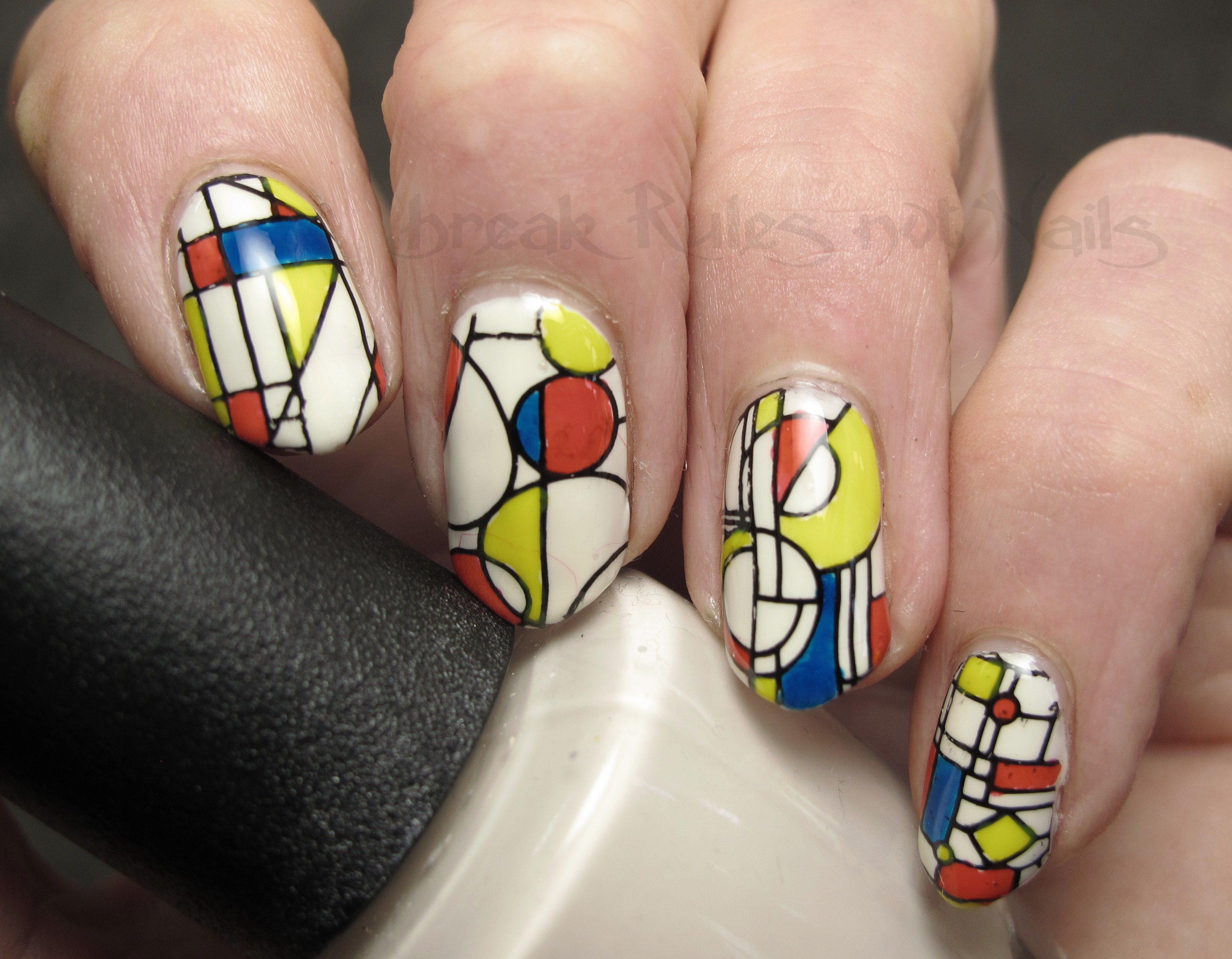 Арнамент на ногтях фото