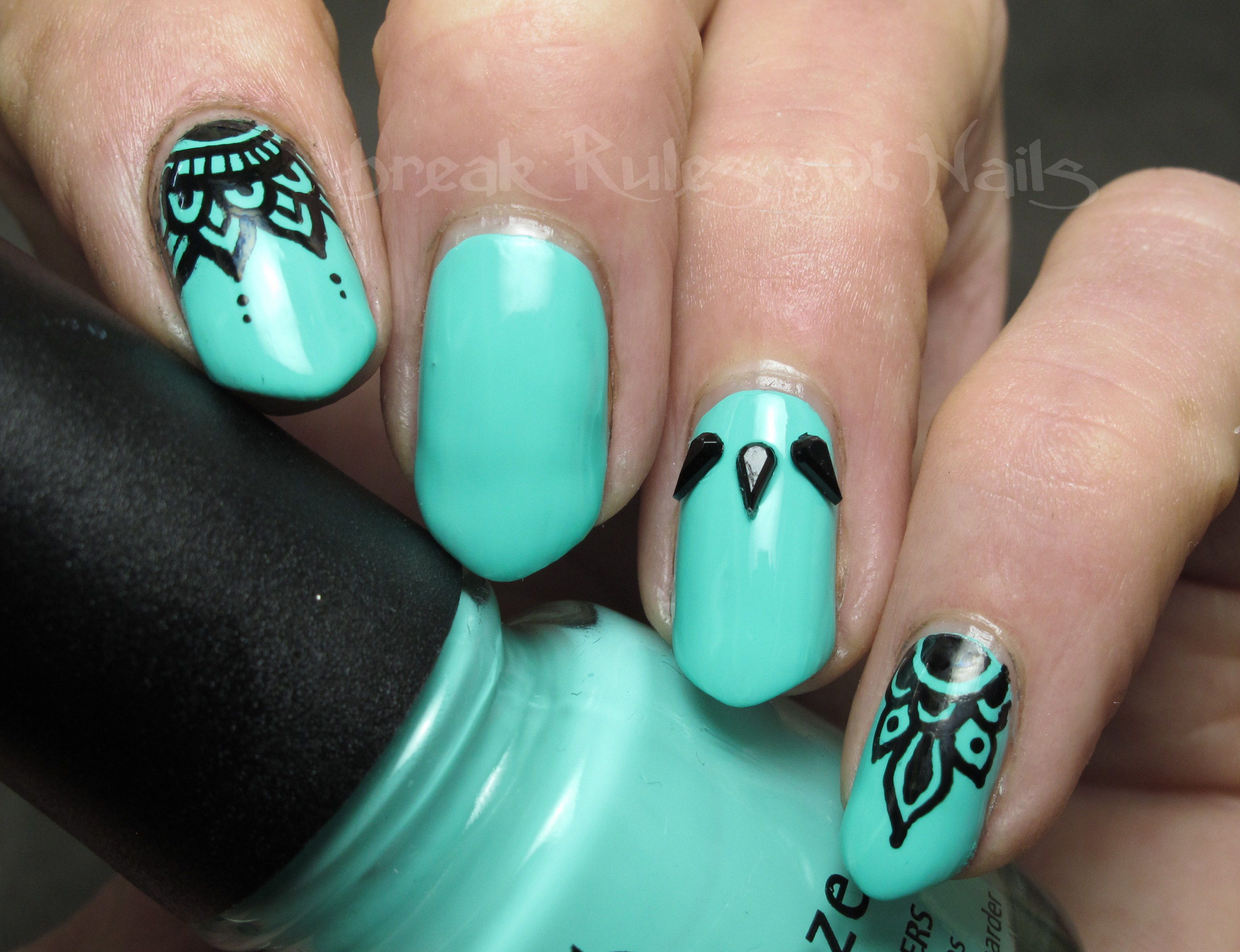 Turquoise and black nail art | Break rules, not nails