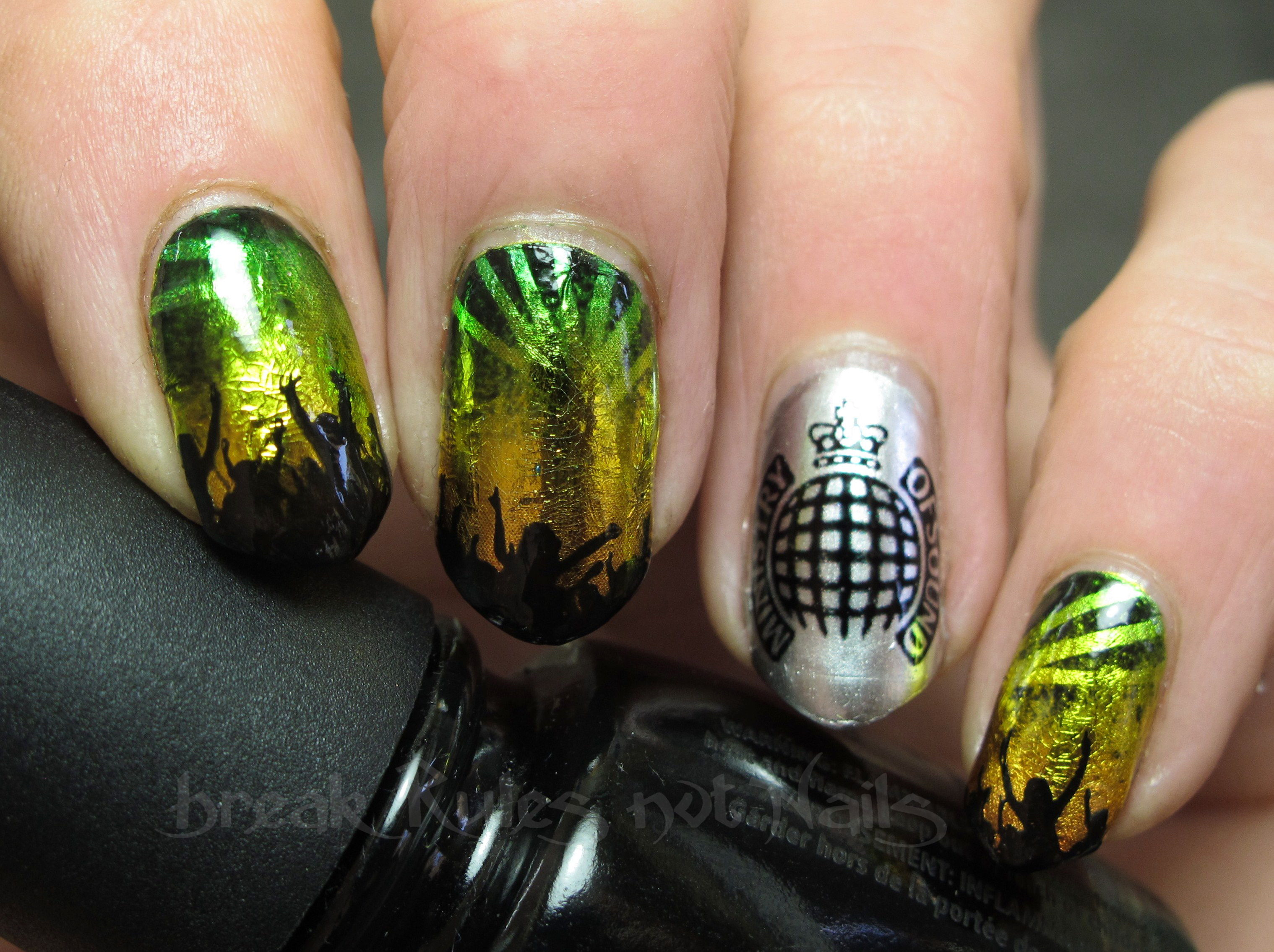 Break rules, not nails | It\'s all about nail polish, colour and art ...