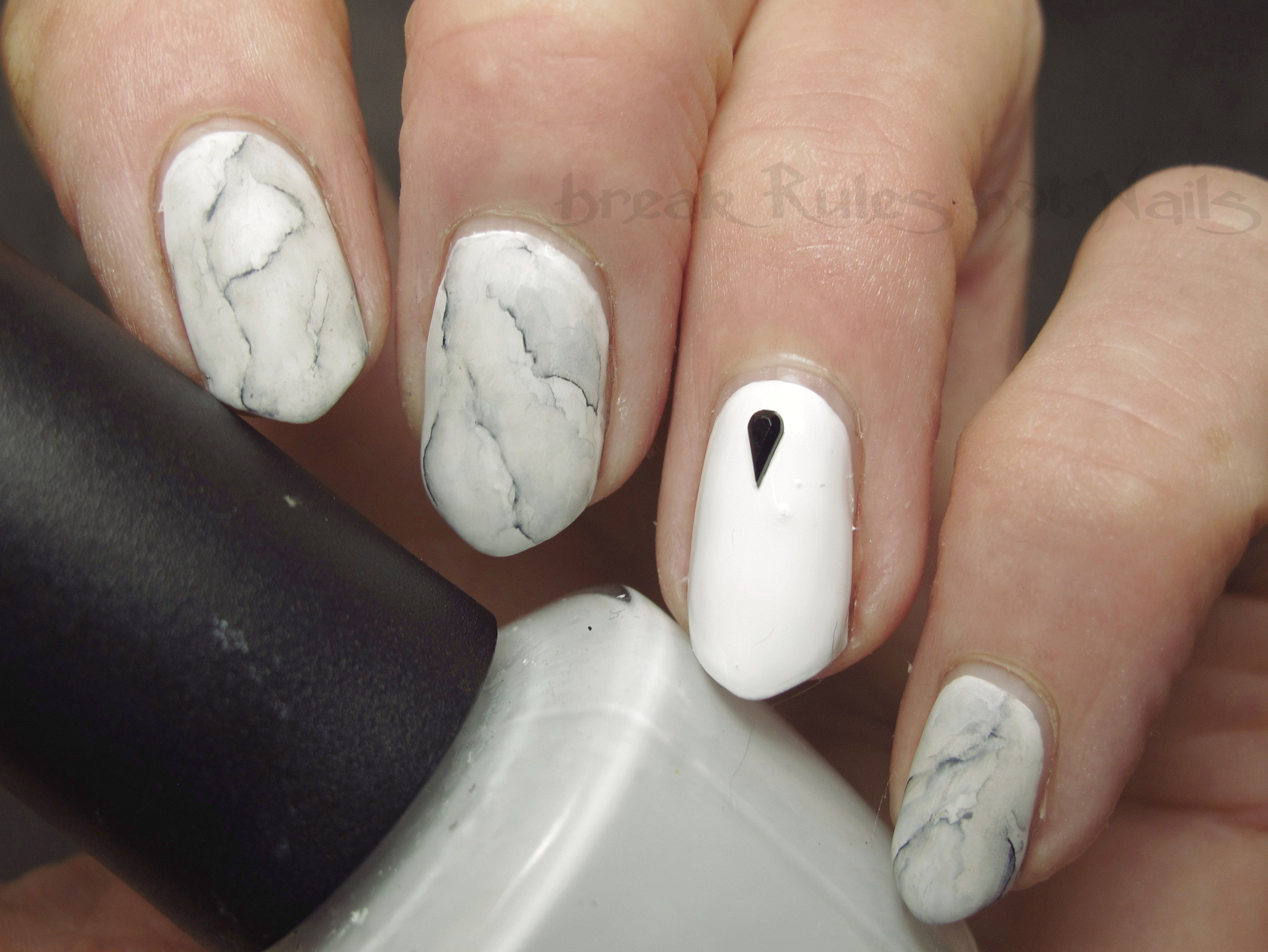 Marble nail art | Break rules, not nails