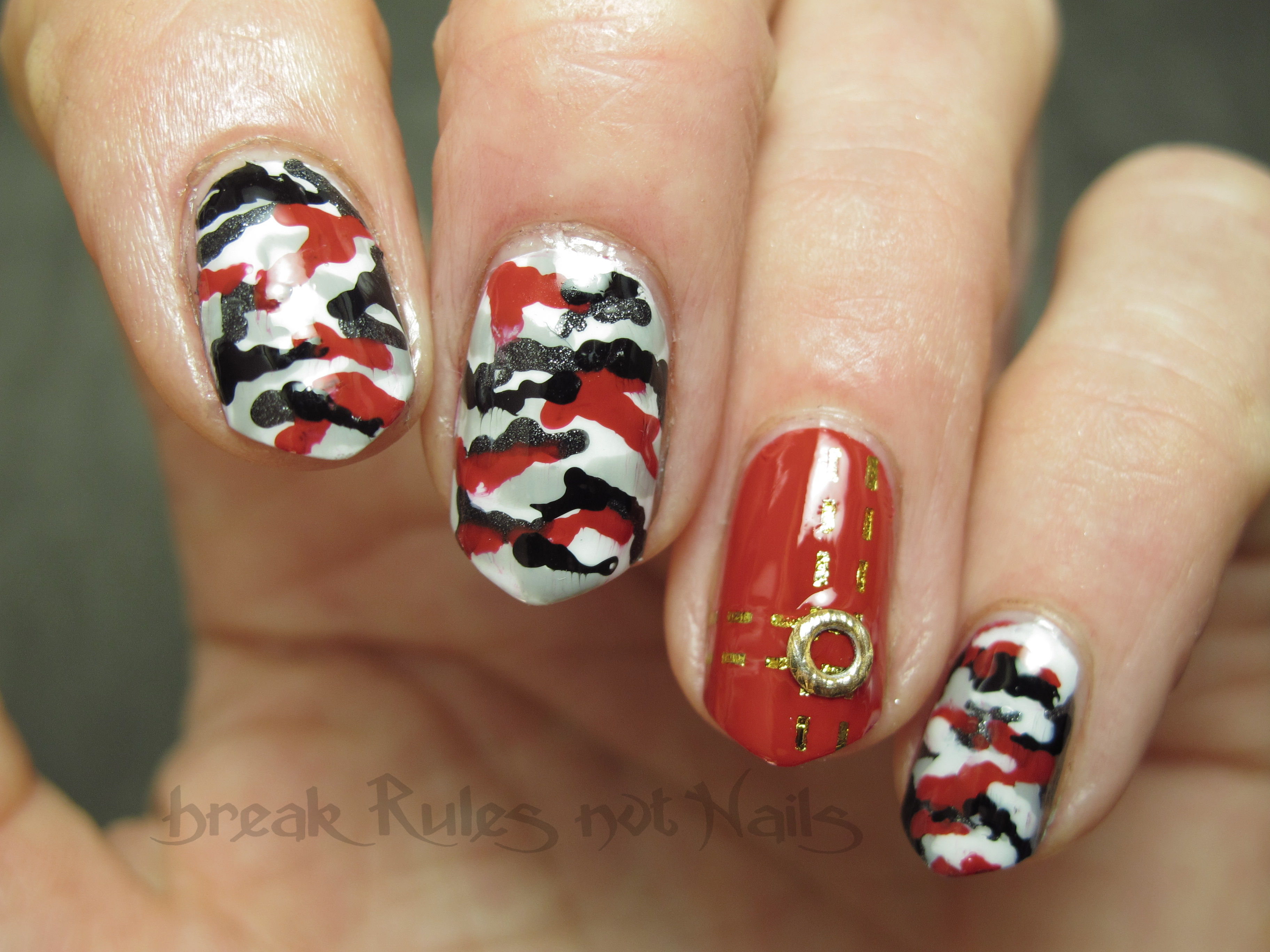 red kamo nail art | Break rules, not nails