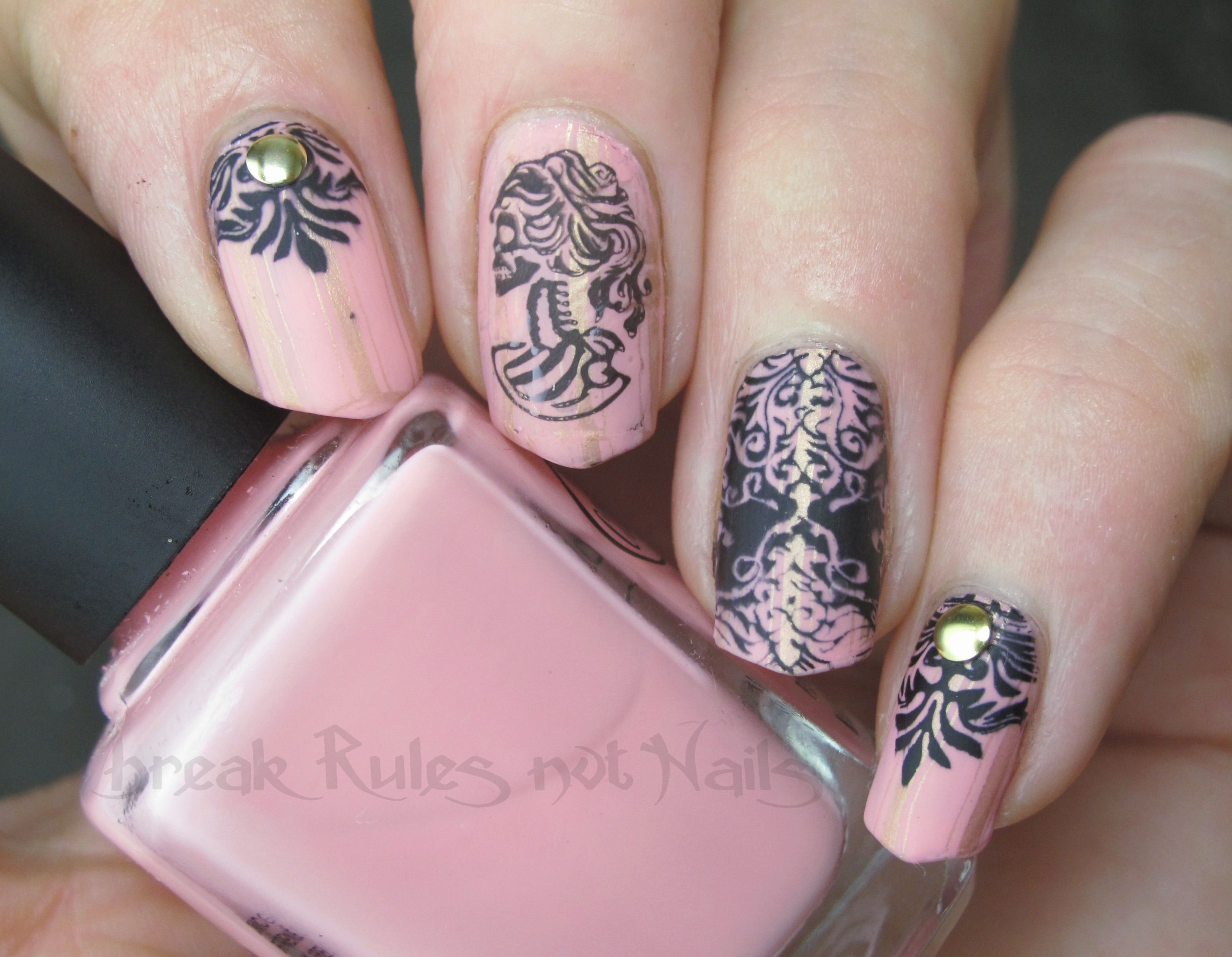 Gothic grunge nail art break rules not nails girly gothic 3 prinsesfo Image collections